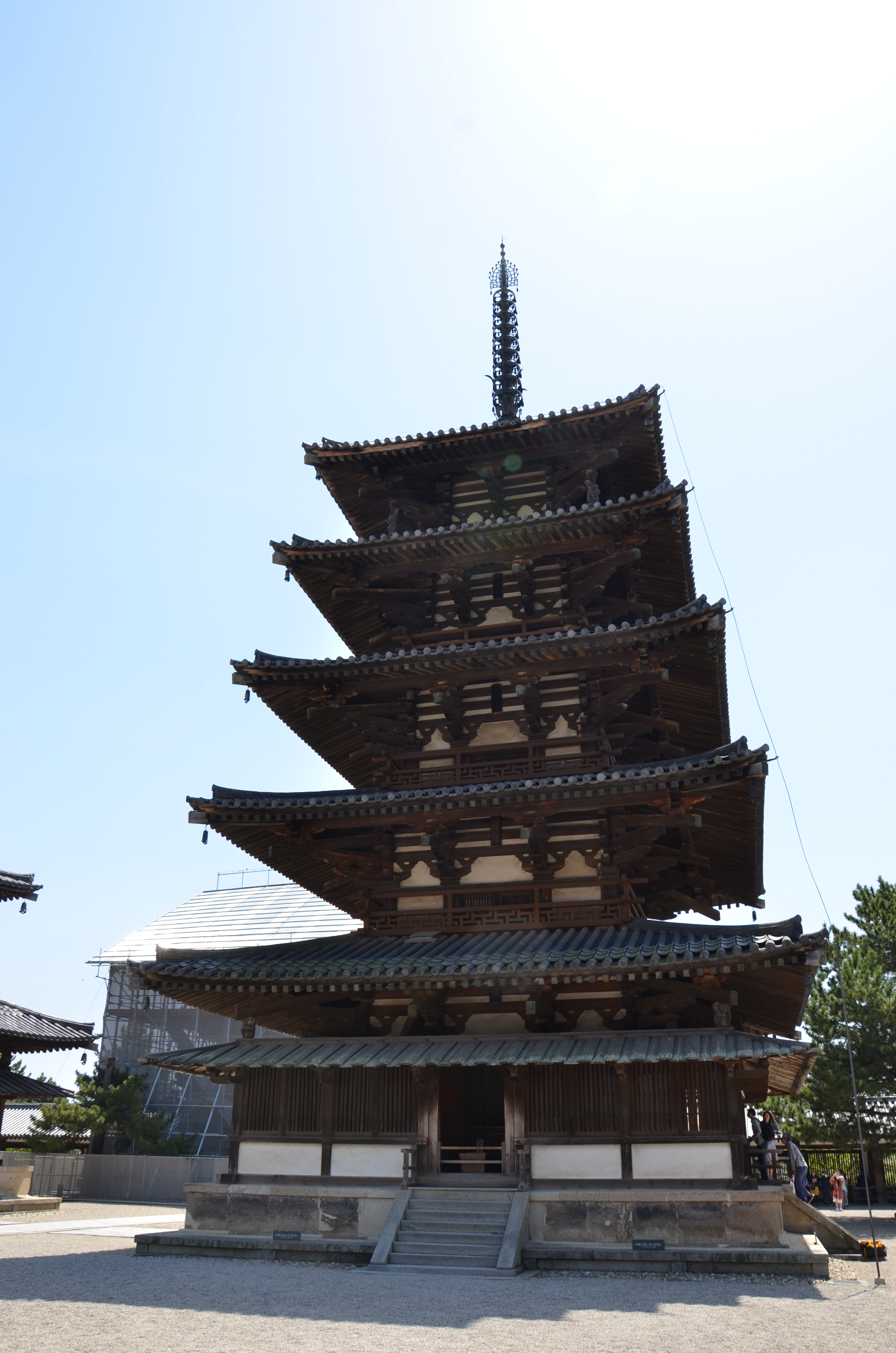 【法隆寺】法隆寺の漆喰壁は世界最古の木造建築。